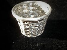 SILVER HALLMARKED 1975 LONDON ARI D NORMAN SMALL BASKET WEAVE POT CENTRE TUBE